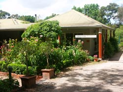 Treetops Bed And Breakfast - Whitsundays Accommodation