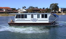 Dolphin Houseboat Holidays - Whitsundays Accommodation