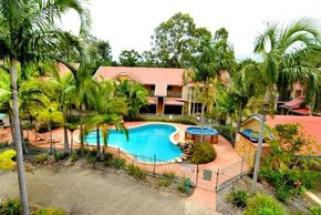Beach Court Holiday Villas - Whitsundays Accommodation